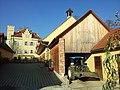 Tennengebäude Schloss Lustbühel 2011-11-15 10.04.24.jpg