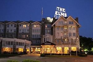 Elms Hotel (Excelsior Springs, Missouri) - Elms Hotel at night (2011).