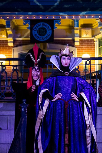 Evil Queen (Disney) - The Evil Queen with the wizard Jafar from Aladdin during Mickey's Not-So-Scary Halloween Party in 2012