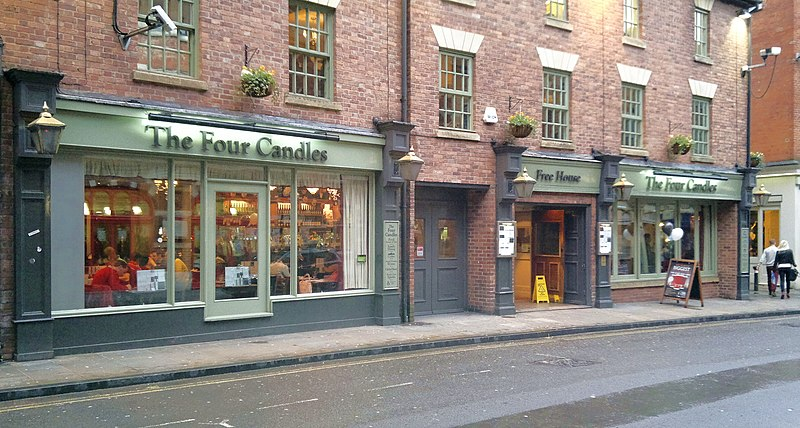 File:The Four Candles, 51 George Street, Oxford, OX1 2BE on 4 Nov 2012.jpg