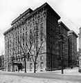 The Linton apartments, Sherbrooke Street, Montreal, QC, 1912-13.jpg