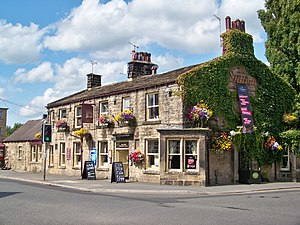 English: The Station public house, Town Street...