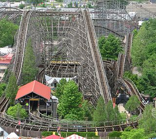 Thunder Run (Kentucky Kingdom) wooden roller coaster at Kentucky Kingdom