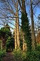 Thwaite Hall Gardens - panoramio.jpg