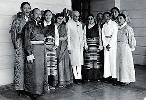 Tsepon W. D. Shakabpa - Image: Tibetan Delegation in India in 1950