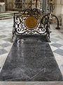 Tombe de Bossuet Cathédrale de Meaux 140708.jpg