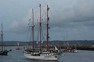 Tonnerres de Brest 2012 - 120715-105 Loth Loriën.jpg