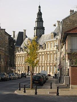 Town hall, Reims, France 2004-11-05.jpg