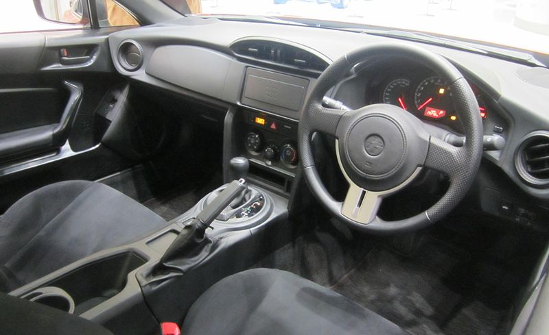 http://upload.wikimedia.org/wikipedia/commons/thumb/c/c4/Toyota_86_inside1201.jpg/800px-Toyota_86_inside1201.jpg