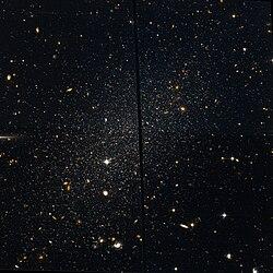 Tucana Dwarf Hubble WikiSky.jpg