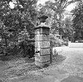 Tuinvaas aan de inrit - Lisse - 20140819 - RCE.jpg
