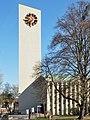 Turm Stephanuskirche Stuttgart-Giebel.jpg