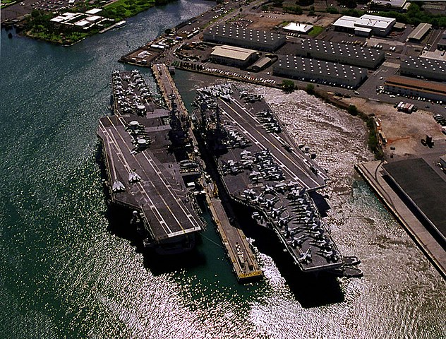 file uss independence  cv-62  and kitty hawk  cv-63  at pearl harbor 1998 jpeg
