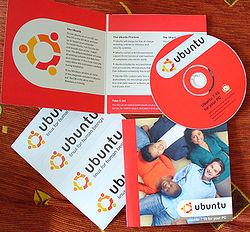 Ubuntu 7.10 CDs