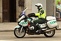 Un motorista de la Guardia Civil (15216080171).jpg