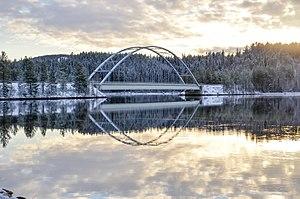 Brücke über den Lule älv bei Vuollerim