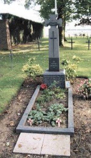 Albert Ball - Grave of Albert Ball