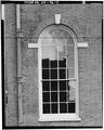 VIEW SOUTHEAST, DETAIL OF WINDOW - Old Town Hall, 512 Market Street, Wilmington, New Castle County, DE HABS DEL,2-WILM,40-7.tif