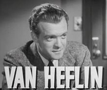 O actor Van Heflin en 1942 en a cinta Grand Central Murder.