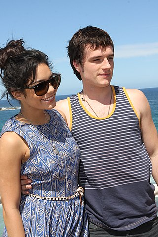 Vanessa Hudgens and Josh Hutcherson (6718742151).jpg