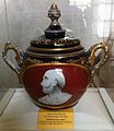 Vase d'Esculape.jpg