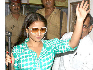 The Dirty Picture - Balan promoting The Dirty Picture in Kolkata.