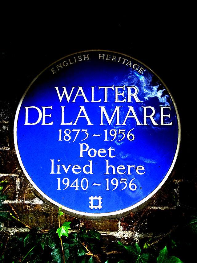 Walter De La Mare blue plaque - Walter De La Mare 1873-1956 poet lived here 1940-1956