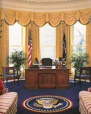 English: White House Oval Office during the ad...