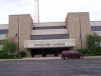 Waupaca County, Wisconsin - Image: Waupaca County Wisconsin Courthouse
