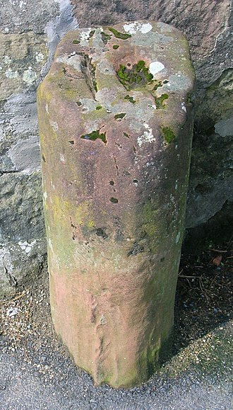 Whiting Bay - Old milestone in Whiting Bay.