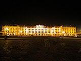 Wien Schoenbrunn Nacht.jpg