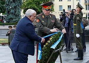 Yuri Khatchaturov - Yuri Khatchaturov laying a wreath with Belarusian Defense Minister Andrei Ravkov.
