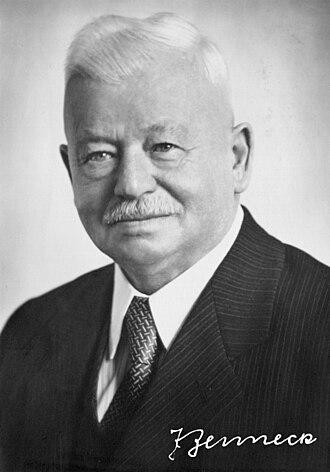 Jonathan Zenneck - Zenneck in 1951