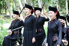 Zhuang people of Longzhou Guangxi.jpg