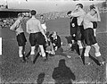 Zwitserland tegen Nederland 7-5. Doelman Kraak geblesseerd, Bestanddeelnr 904-2465.jpg