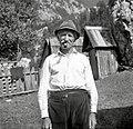 """""""Metic"""" Kravanja Jakob s fajfo, ki jo je izdelal Tojnščev stric, Trenta 1952 (2).jpg"""