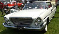 '61 Chrysler Saratoga (Rassemblement Rigaud '14).jpg