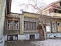 Дом Лебедева (Екатеринбург Сакко и Ванцетти 25) слева, справа-дом Панова.JPG