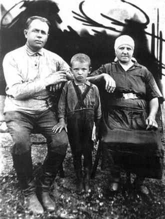 Mikhail Gorbachev - Gorbachev and his Ukrainian maternal grandparents, late 1930s
