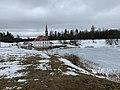 Приоратский дворец и Черное озеро.jpg