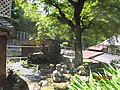 平経盛と主従の墓.jpg