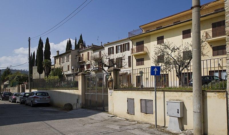 File:06031 Bevagna PG, Italy - panoramio (16).jpg
