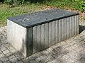 07A Jürgen Friede Gedenkstätte Bergen Belsen Bronzetafel 1991.jpg