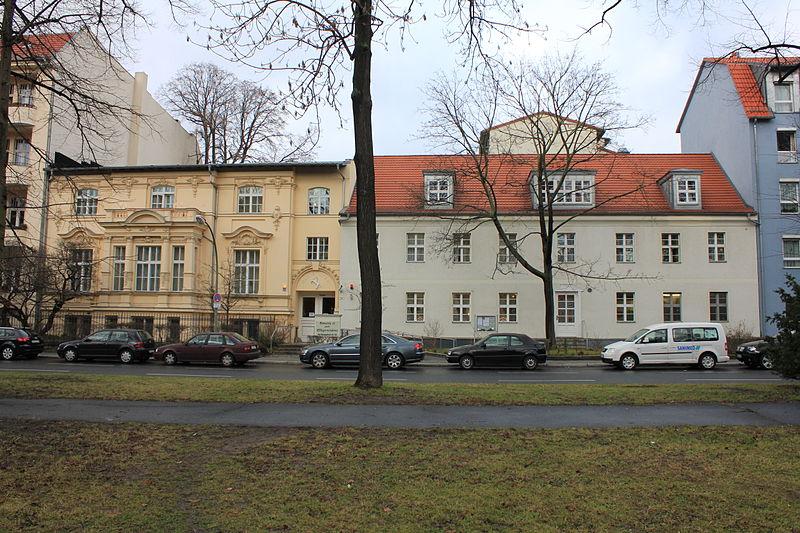 file 09075178 berlin tempelhof alt tempelhof 10 12 002. Black Bedroom Furniture Sets. Home Design Ideas