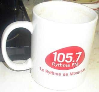 Rythme FM - Image: 105,7 Rythme FM Mug