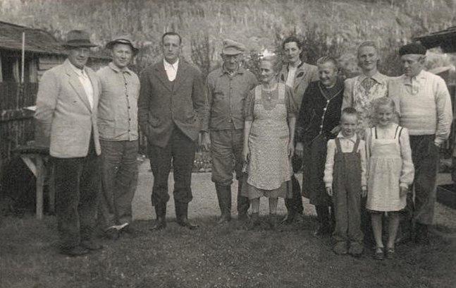 1951 settler families