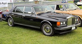 1990 Rolls-Royce Silver Spur II (federalized), Lime Rock.jpg
