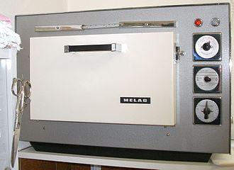 Sterilization (microbiology) - Dry heat sterilizer