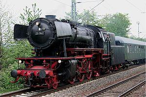 DB Class 23 - Image: 2007 05 13 02b Lok 23042 in Urmitz (kleine Datei)