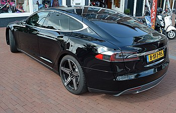 2014 Tesla Motors Model S (rear view) Netherlands.jpg